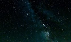 Dreaming Of Shooting Stars: 19 Interpretations and Meanings