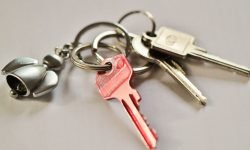 Key Chain Dream: 13 Types & Their Meanings