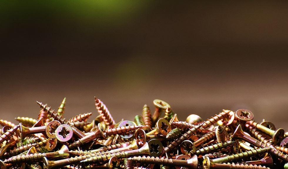 Dream of screws