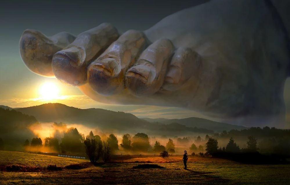 Giant Dream